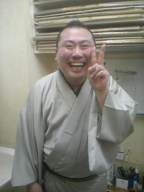 脅威の男、その名は桂宮治!